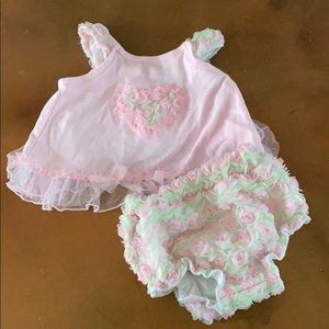 Little lass  3/6 month  blouse and diaper cover